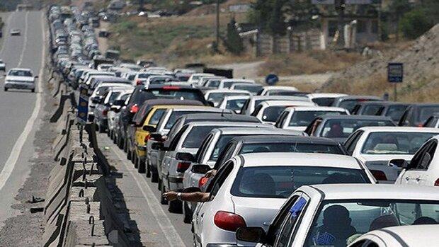 ترافیک سنگین در جنوب به شمال جاده های چالوس، هراز، فیروزکوه و فشم,