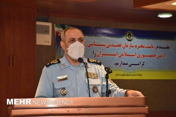 دشمن برای گرفتن حجاب فرزندان ایران برنامهریزی کرده است