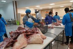 مردم خراسان شمالی ۵ تن گوشت قربانی به نیازمندان اهدا کردند