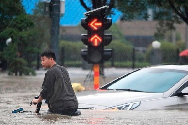 Flood in China claims at least 16 lives: Report