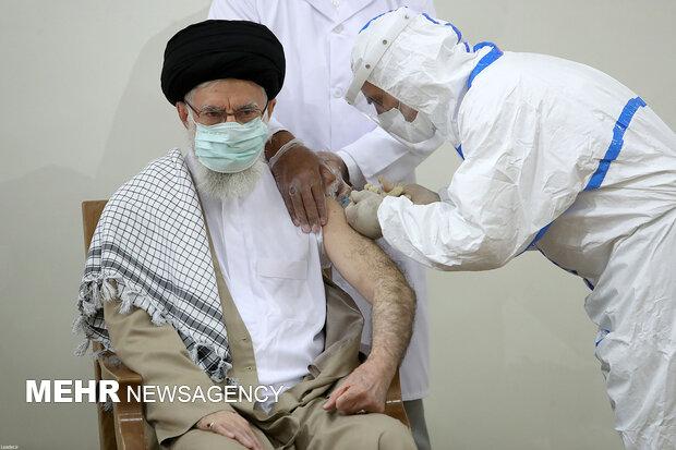Ayetullah Hamanei koronavirüs aşısı oldu