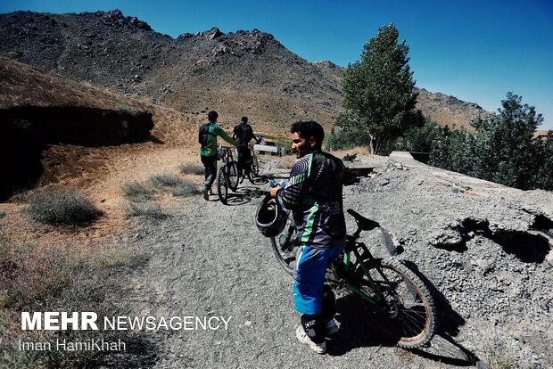 مسابقات قهرمانی دوچرخه سواری دانهیل