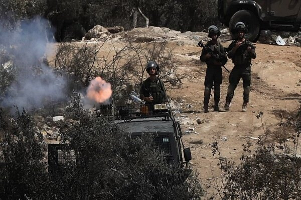 320 Palestinians wounded in clashes with Zionists in Nablus