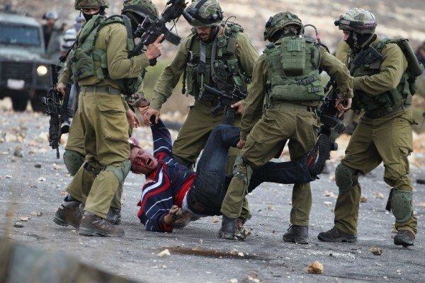 Israeli forces raid Palestinians in West Bank, arrest dozen
