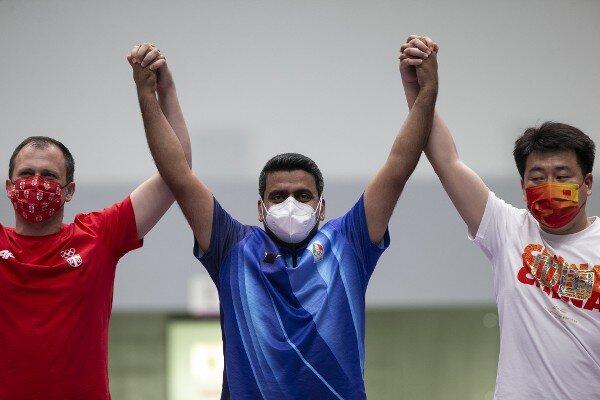 İranlı milli sporcu Tokyo Olimpiyatları'nda altın madalya sahibi oldu