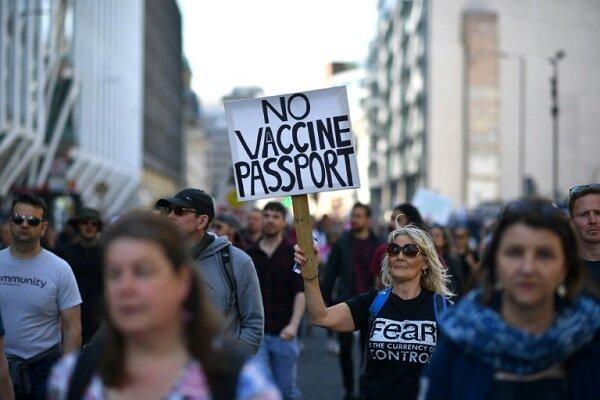 تجمع اعتراضی صدها تن از مردم لندن به محدودیت های کرونایی