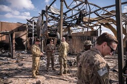 US intends to keep its troops in Iraq, a NY Times report says