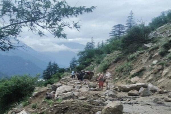 کشته شدن دستکم ۹ نفر در پی رانش زمین در شمال هند