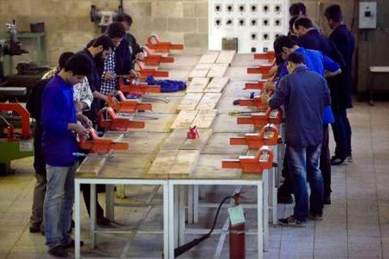 ۲۲۷ دوره آموزش مهارتی در شهرستان دشتی برگزار شد