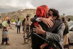 اليمن... صفقة تبادل أسرى وجثامين بين قوات حكومة صنعاء وقوات هادي