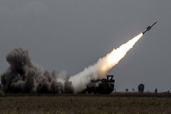 Syria air defense downs 8 missiles fired by Israeli regime