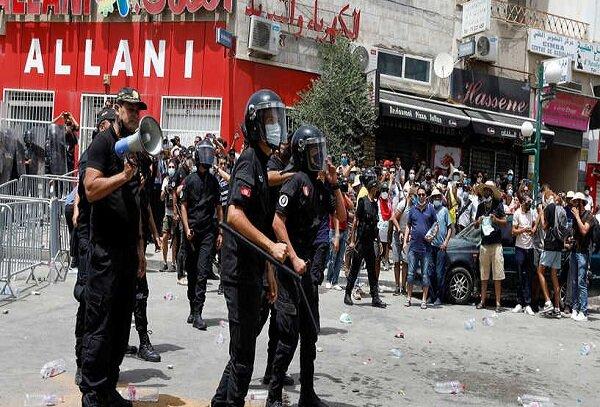 Tunisin paytaxtında Prezidentin tərəfdarları ilə müxaliflər üz-üzə gəlib