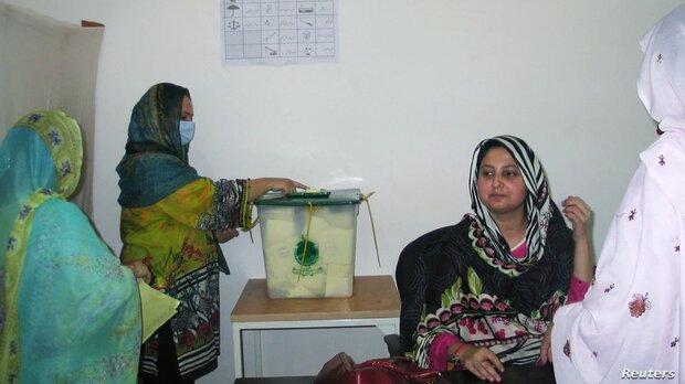 حزب نخست وزیر پاکستان در انتخابات پارلمانی کشمیر پیروز شد