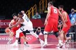 رویارویی بسکتبال ایران برابر فرانسه/ تفتیان در پیست می دود