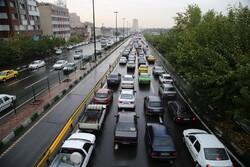ترافیک سنگین صبحگاهی در معابر پایتخت/ حجم تردد رو به افزایش است