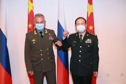 وزرای دفاع چین و روسیه در تاجیکستان دیدار کردند