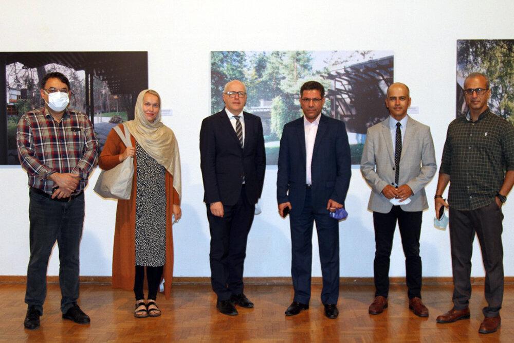 قدردانی سفیر فنلاند از فرهنگسرای نیاوران در برگزاری یک نمایشگاه