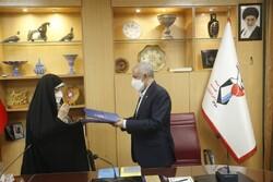 بنیاد شهید و معاونت امور زنان تفاهمنامه همکاری امضا کردند