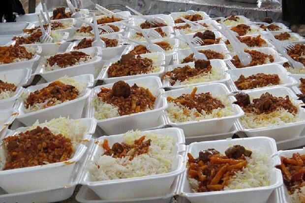 ۷۲۰۰۰ پرس غذای گرم در پویش احسان غدیر در مرکزی طبخ و توزیع شد