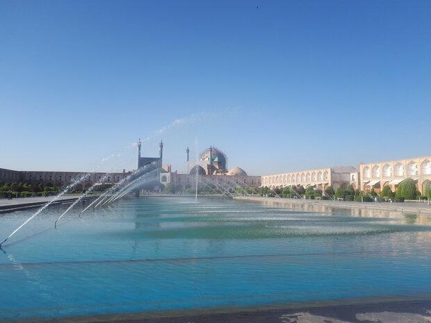 دمای هوا در اصفهان تغییر محسوسی ندارد/غبار صبحگاهی در مناطق مرکزی