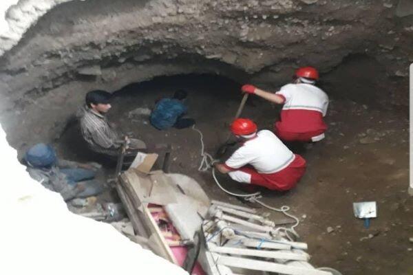 فرونشست زمین در فیروزکوه/ ۲ نفر نجات یافتند