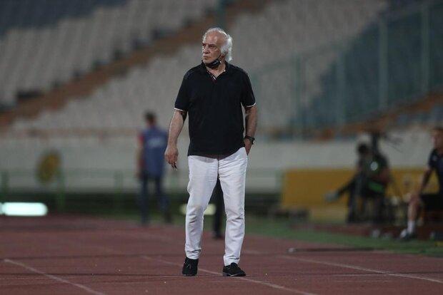 نصرالله عبداللهی با ناراحتی باشگاه استقلال را ترک کرد