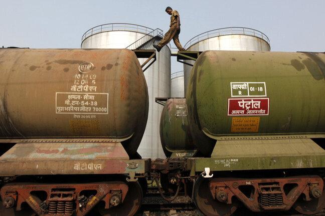 واردات نفت خام هند در ماه آگوست به بالاترین سطح ۳ ماهه رسید