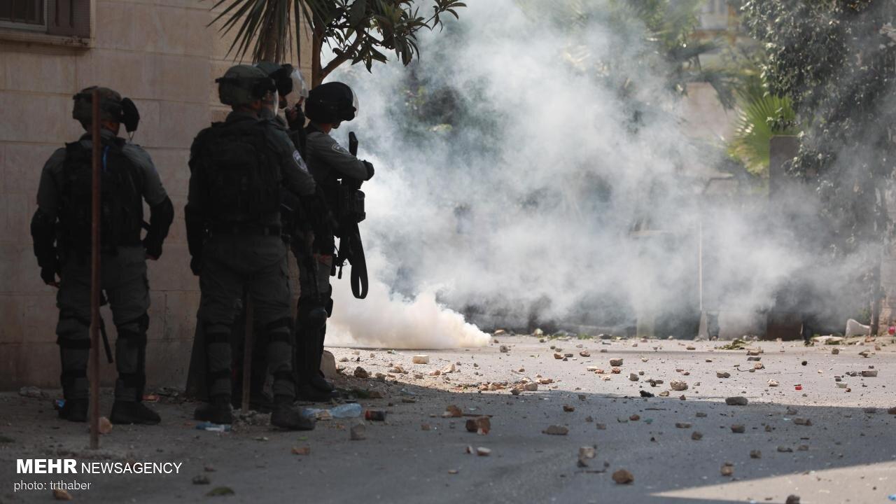 یورش صهیونیستها به شهر «نابلس»/ زخمی شدن دهها فلسطینی