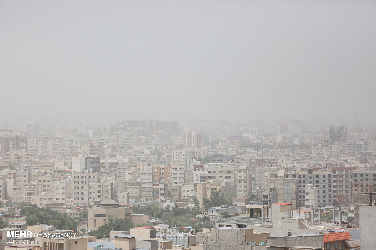 هوای گرد و غباری قم