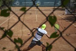 نگاهها به تنیس تجاری است/ لزوم تغییر سطح مسابقات جهانی در ایران