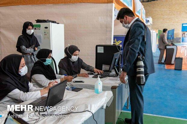 ۱۰ میلیون و ۲۸۵ هزار ایرانی دوز اول واکسن کرونا را زده اند