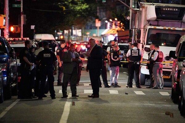 تیراندازیهای امروز در نیویورک/ ۱۸ نفر زخمی و ۲ تَن کشته شدند
