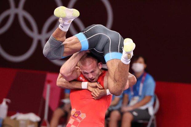 تصاویری از حرکت عجیب و تماشایی کشتیگیر ایران در المپیک
