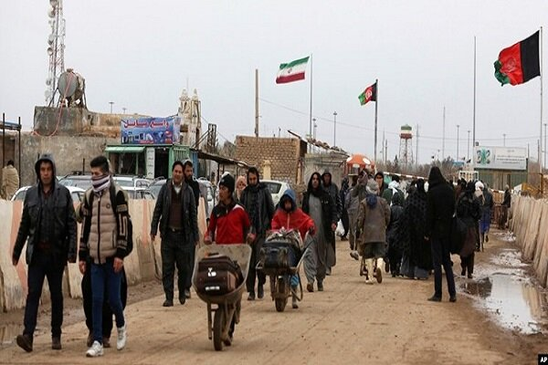 Over 11,000 Afghan immigrants leave Iran for home in 2 weeks