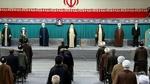 لحظه اعطای حکم تنفیذ ریاست جمهوری توسط رهبر انقلاب