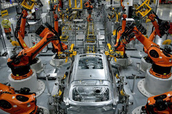 کرونای دلتا روند احیای اقتصاد انگلستان و امریکا را کُند کرد