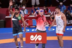 VIDEO: Iran's Greco-Roman wrestler wins bronze at Tokyo 2020