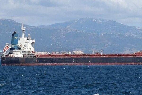 کِشتی حامل مواد شیمیایی در سواحل الفجیره امارات دچار حادثه شد