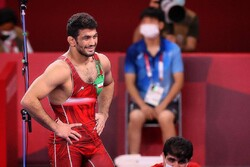 Hassan Yazdani settles for silver
