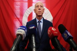 Tunus Cumhurbaşkanı Said, görevden alma kararlarını sürdürüyor