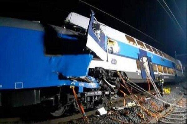 برخورد ۲ قطار مسافربری در جمهوری چک با ۲ کشته و ۵۰ زخمی