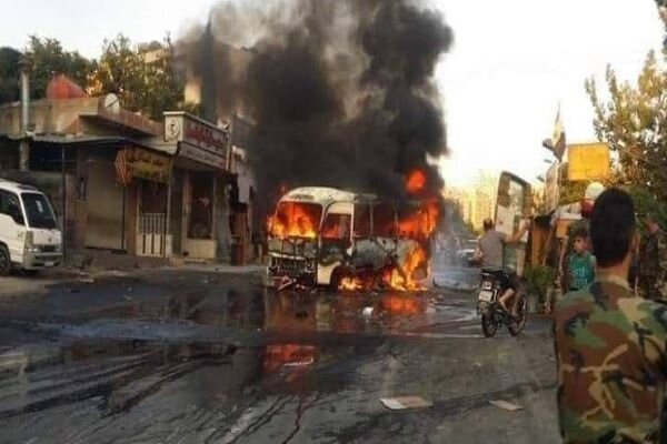 VIDEO: Soldiers' bus explosion in Damascus kills one