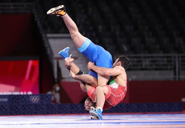 İranlı güreşçi Yazdani altın madalya için yarışacak