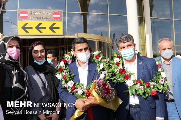 ورود جواد فروغی  به مشهد مقدس