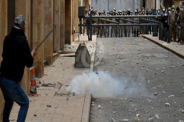 درگیری نیروهای امنیتی و تظاهرات کنندگان در بیروت