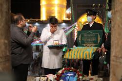 جواد فروغی مدال طلایش را به رهبری تقدیم می کند
