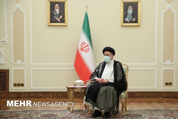 لا توجد عقبات في طريق توسيع العلاقات بين طهران وأبوظبي في مختلف المجالات
