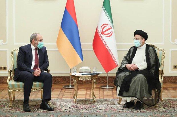 ایران برای تعمیق صلح و ثبات در منطقه از هیچ تلاشی دریغ نمیکند