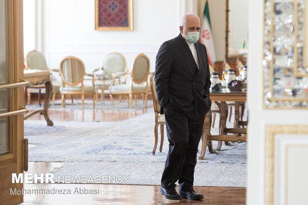 Zarif, Kuwaiti FM meeting