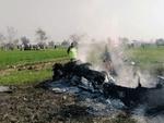 پاکستانی فضائیہ کا چھوٹا طیارہ گر کر تباہ ہوگيا